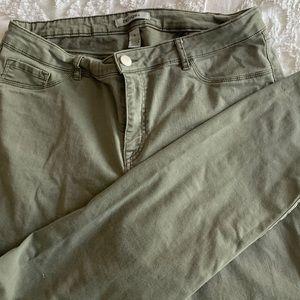 Refuge army green jean pants